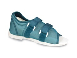 Darco Pediatric Original Blue Med-Surg Shoe™